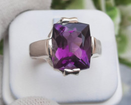 7.95 carats Natural Amethyst Fancy Cut 925 Silver Ring