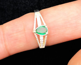 10.25 Ct Natural Green Transparent Emerald Gemstone Solid Silver Ring