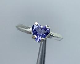 Natural 11.45 Carat Heart shape Tanzanite 925 silver ring.