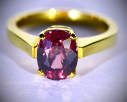 Red Zircon 4.82ct Solid 18K Yellow Gold Ring