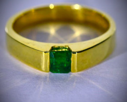 Columbian Emerald .55ct Solid 18K Yellow Gold Ring