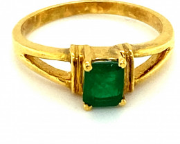 Columbian Emerald .60ct Solid 18K Yellow Gold Ring