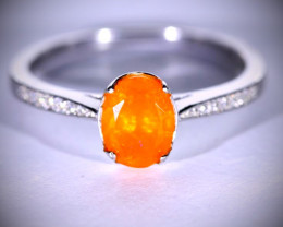 Fire Opal .90ct Platinum Finish Solid 925 Sterling Silver Ring