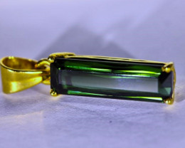 Green Tourmaline 2.38ct Solid 18K Yellow Gold Pendant