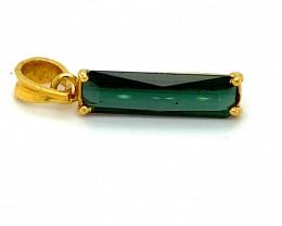Green Tourmaline 3.25ct Solid 18K Yellow Gold Pendant