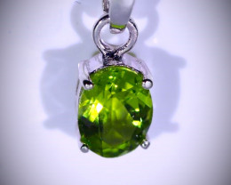 Peridot 1.02ct Platinum Finish Solid 925 Sterling Silver Pendant