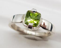 Natural Green Peridot 16.15 Carats 925 Hand Made Silver Ring