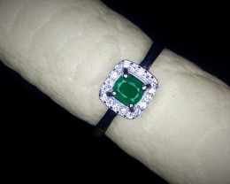14.25 Crts Natural Emerald Ring In Rhodium Coated 92.5 Silver & Cz