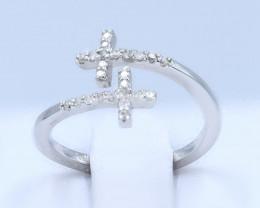 SPARKLING NATURAL DIAMONDS IN 18K WHITE GOLD RING