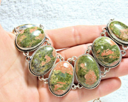 533.0 Tcw. Natural Unakite Sterling Silver Necklace - Gorgeous