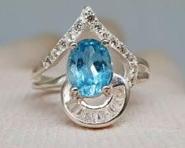 Natural Blue Topaz 16.80 Carats 925 Silver Ring