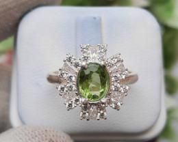 Natural peridot 925 Silver Ring