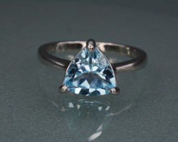 Natural Blue Topaz 17.14 Cts Silver Ring