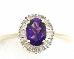 Amethyst and Diamond Ring 1.10tcw. - 9kt. Gold