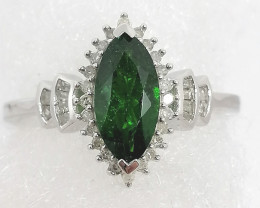 Chrome Diopside and Diamond Ring 1.07TCW.