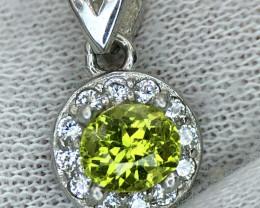 Attractive Peridot With CZ 925 Silver Pendant