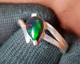 Natural Fire Opal 16.80 Carats 925 Hand Made Silver Ring