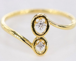 SPLENDID DIAMONDS IN 18K GOLD RING SIZE 7