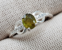 Natural Multi Fire Sphene (Titanite) 10.50 Carats 925 Hand Made Silver Ring
