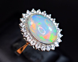Natural Top Opal with 22 Pis White Sapphire 925 Silver Ring