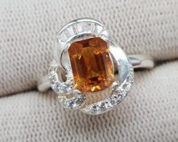 Natural Madeira Citrine 18.20 Carats 925 Silver Ring