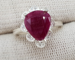Natural Ruby 20.20 Carats 925 Silver Ring