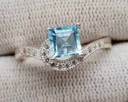 Natural Blue Topaz 19.20 Carats 925 Silver Ring (SA)