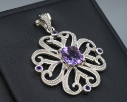 Natural Amethyst 28.90 Cts Silver Pendant