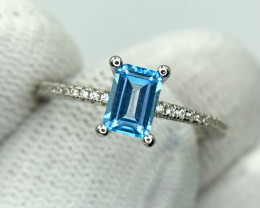 Attractive Blue Topaz Ring