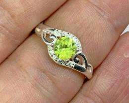 Natural Rare Green Multifire Sphene/Titanite 10.00 Carats 925 Silver Ring.