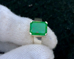 62 ct Natural Vivid Green Swat Emerald Ring with Silver