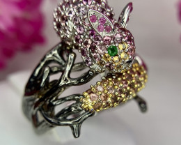 Gorgeous Natural Rabbit and carrot Sapphire Ring.