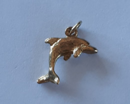 9K Gold Charm   Dolphin   Code 1910023