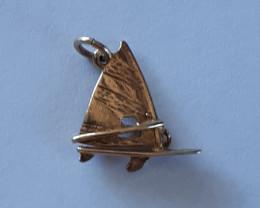9K Gold Charm  Windsurf     Code 1910025