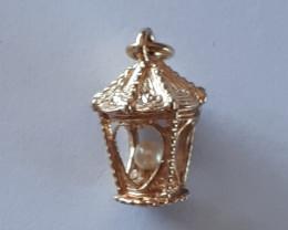 9K Gold Charm   Lamp    Code  1910032