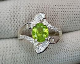 Natural Peridot 925 Sterling Silver Ring