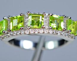 Natural 5Pis Peridot, CZ 925 Silver Amazing Design Ring