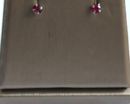 Stylish Natural Red Ruby 0.23 Cts Silver Earring