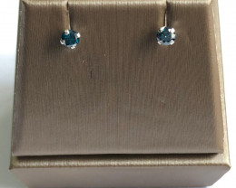 Stylish Natural Blue Diamond 0.15 Cts Silver Earring