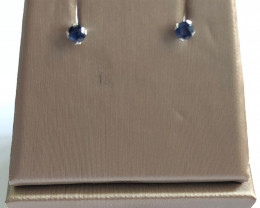 Stylish Natural Blue Sapphire 0.20 Cts  Silver Earring
