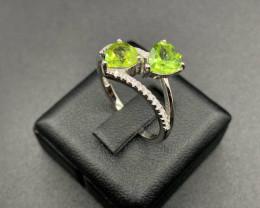 Natural Green Peridot and CZ Silver Ring 13.87 Cts
