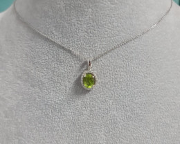 Natural Green Peridot 1.33 Cts And Topaz ~ Silver Necklace