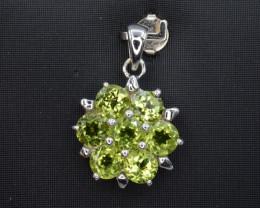 Beautiful Natural Green Peridot 17.29 Cts CZ and  Silver Pendant
