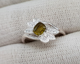 Natural Green Sphene 15.40 Carats 925 Silver Ring