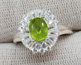 Natural Green Peridot 23.70 Carats 925 Silver Ring
