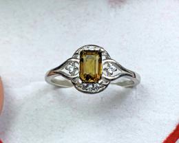 Natural 9.65 Carat Brown Epidot 925 Silver Ring.