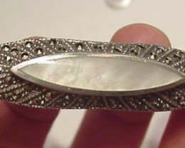STERLING SILVER VINTAGE VICTORIAN BROOCH / MOTHER OF PEARL