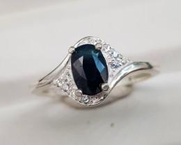 Natural Sapphire 10.70 Carats 925 Silver Ring
