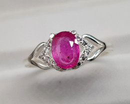 Natural Ruby 10.50 Carats 925 Silver Ring