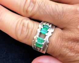49.75 Ct Natural Greenish Transparent Emerald Gemstones Ring